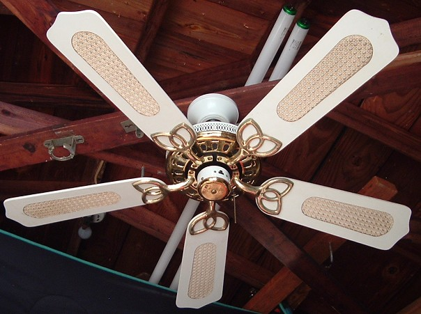 1980s Ceiling Fans : Broan alaska inch five blade ceiling fan from the late