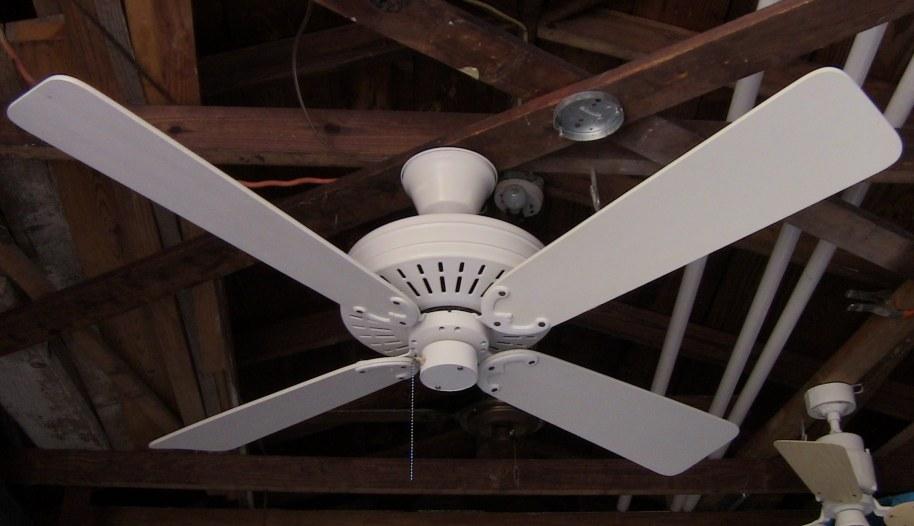 Fasco Charleston Ceiling Fan Model 452 White
