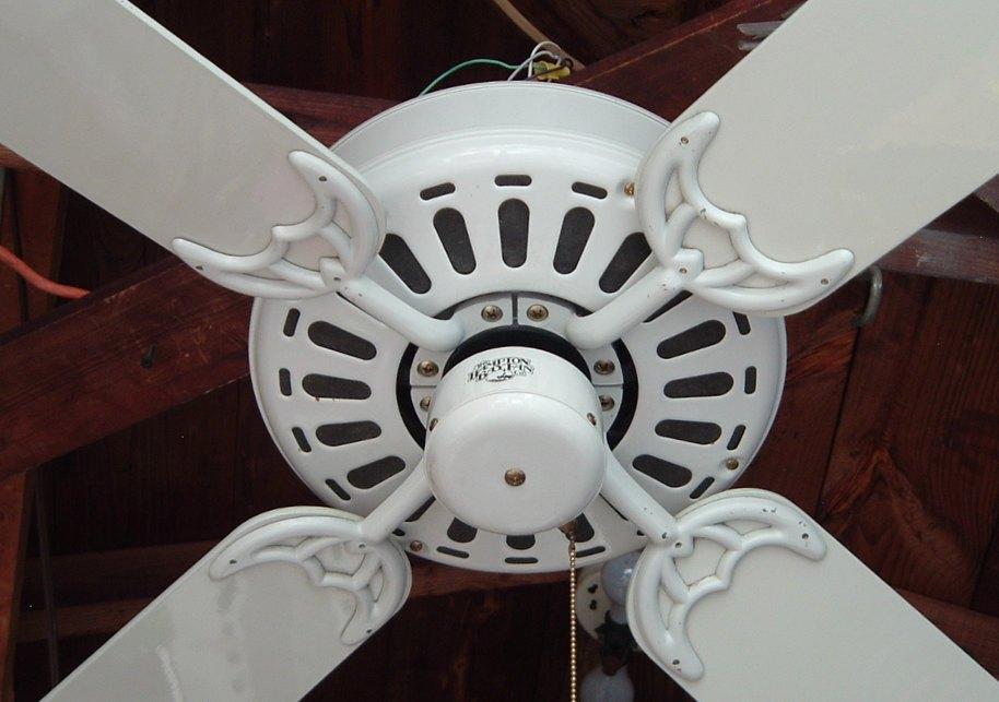 Hampton Bay Ceiling Fan Type 52cl