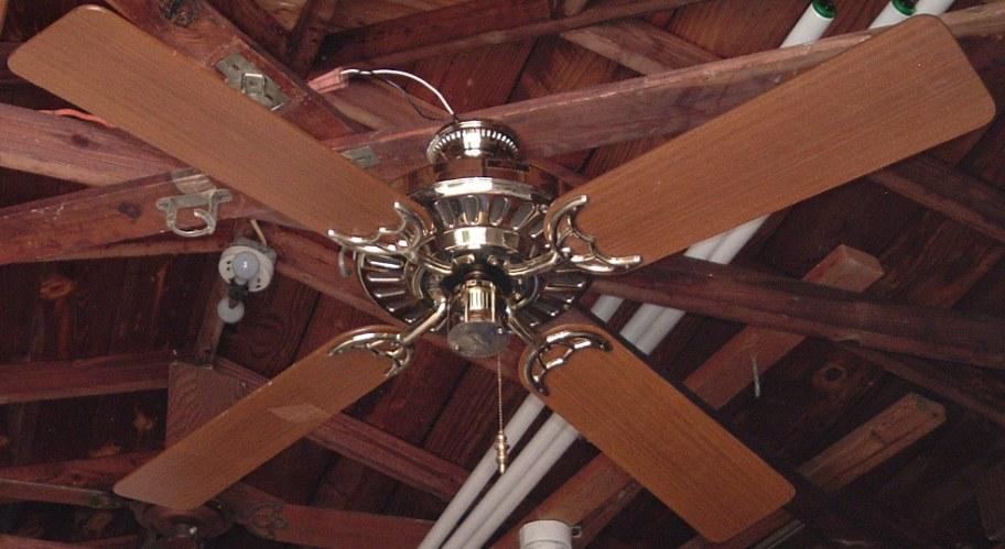 Hunter Comfort Breeze Ceiling Fan Model 23531