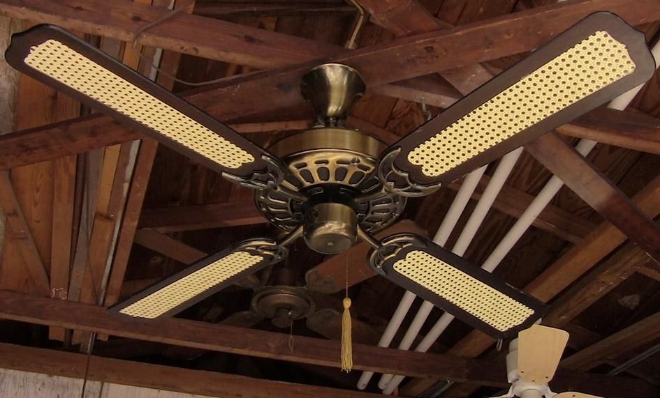Moss Hf 100 Series Polish Brass Heirloom Ceiling Fan