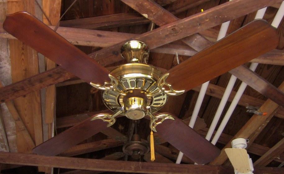 Moss Hf 200 Series Heirloom Ceiling Fan