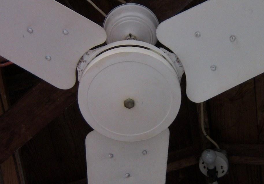 Southern Breeze Fan Company Metal Blade Ceiling Fan Model