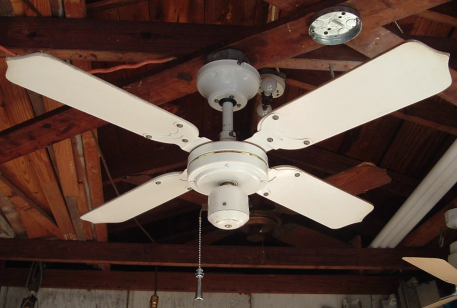 Tat Ceiling Fan Model Cfa2pc From The Mid To Late 1980s