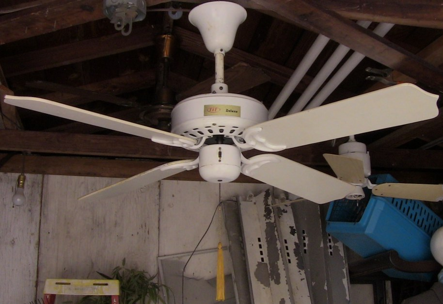 1980s Ceiling Fans : Tat deluxe ceiling fan model bdf cb wh from the early mid