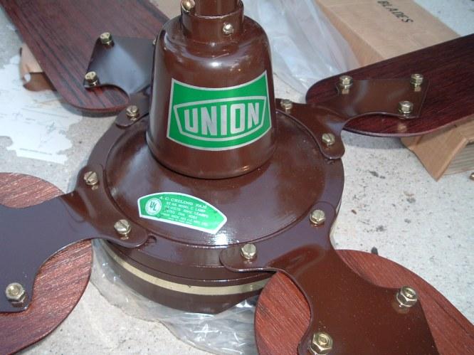 Union Ngok Kee Ele Mfg Ltd 52 Ins Model C Lamp Ceiling Fan