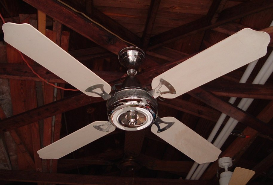 1970s Ceiling Fan : S chrome ceiling fan with neat housing