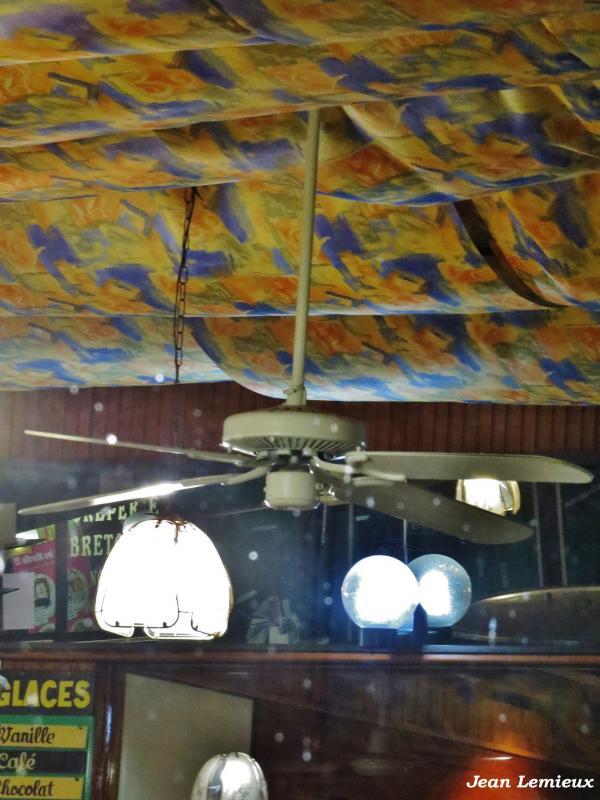 Nadair Ceiling Light on