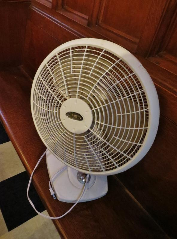 Lasko 16'' Desk Fan