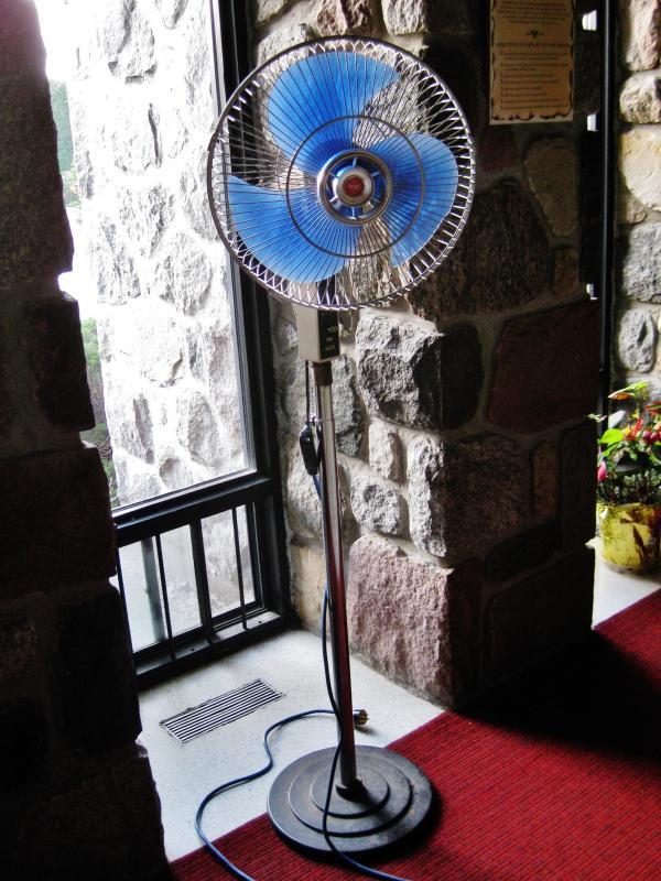 KDK 16'' Pedestal Fan by Jean2291 in KDK