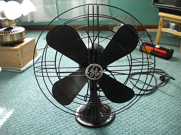 General Electric Quot Standard Quot Oscillating Fan 16 Quot Vcf
