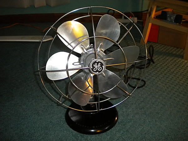"General Electric ""Quiet Fan"" (10"")"