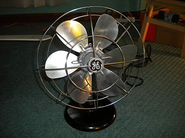 """General Electric """"Quiet Fan"""" (10"""")"""